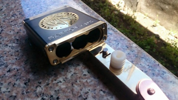 Raptor Hybrid Boxmod от Tactical Workz Phillipines - 3х18650!