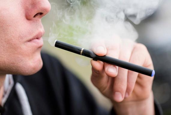 Как скрывают правду о том, что вэйпинг помогает курильщикам избавиться от вредной привычки