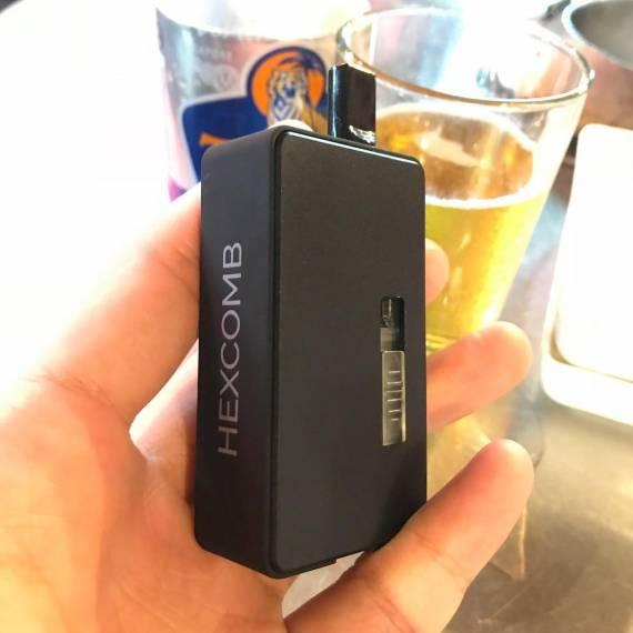 Da One Tech Hexcomb AIO - коробочка с ползунком...