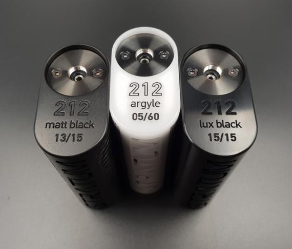 Stratum 212 от компании OLC. Сквонкер из делерина - это понятно, а вот цена...