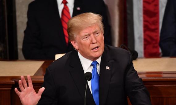 Трамп предлагает «плату за пользование» вэйпинг продуктами