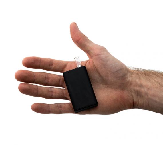 Black Box от компании Cartisan Tech. Проще уж некуда
