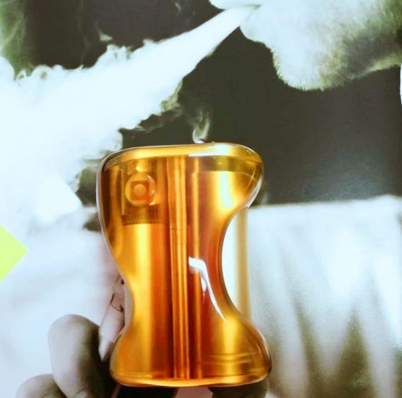 Pure BF squonker (ULTEM Limited Edition) - нам нужно больше жаростойкого пластика и современные аккумы