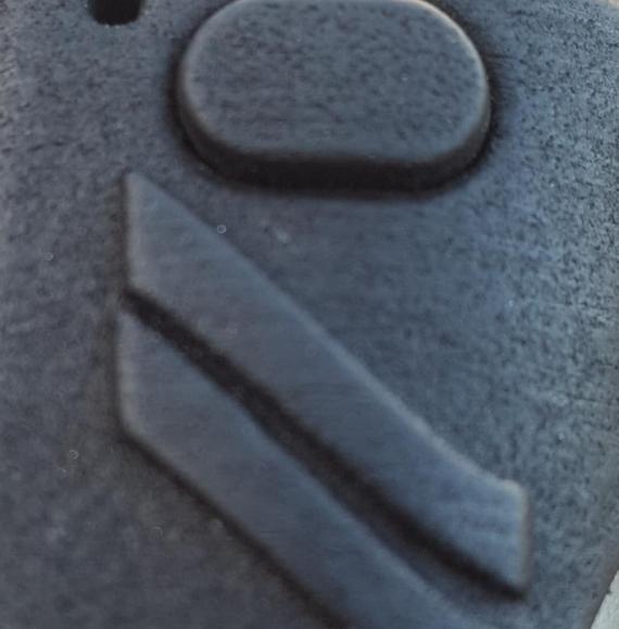 Lycan - механический мод необычной конструкции от компании PitBull Box Mod